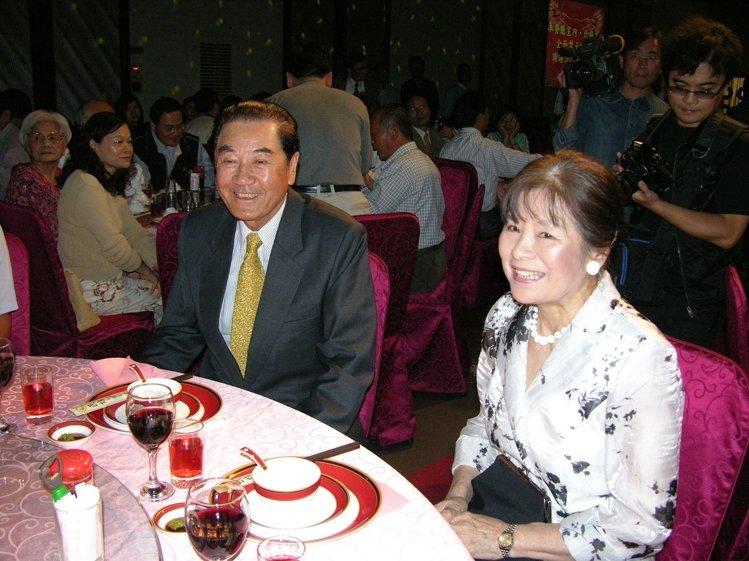 陳唐山夫人・林純純女史